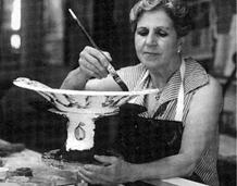 ¿Sabías que la ceramista Angelina Alós tuvo su taller en el edificio El Barco de Esplugues?