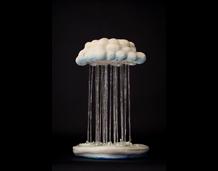 La peça Heavy Rain de l'artista taiwanès Yu Cheng Chung guanya el premi del Públic de la 19 Biennal de ceràmica d'Esplugues