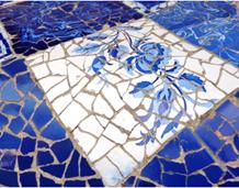 Sabies que el mosaic ceràmic és característic del modernisme català?